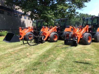 Kubota R530 and R630 Compact Wheel Loaders